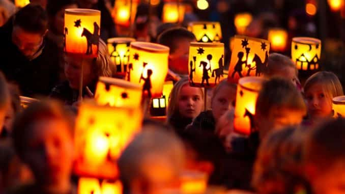 Dont Miss Gentle Beauty Of Lanterns For >> Saint Martin Lantern Parades In The U S German World